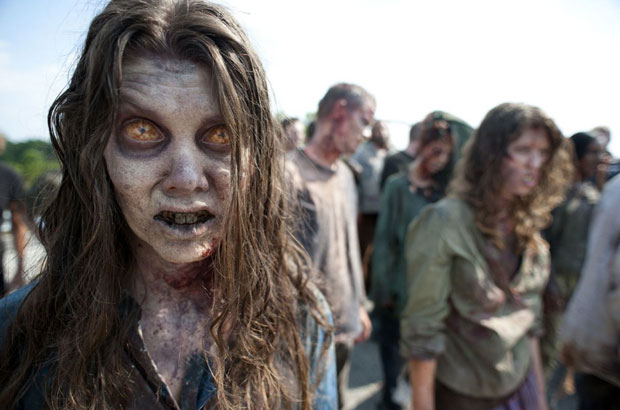 the-walking-dead-saison-2-zombies-1