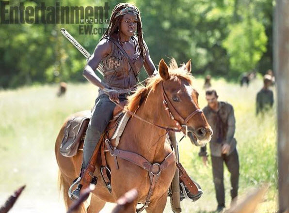walking-dead-saison-4-michonne-cheval