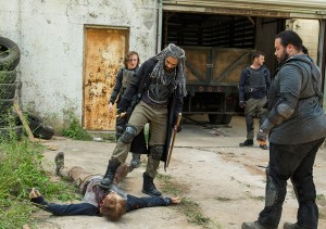the-walking-dead-episode-702-ezekiel-payton-935
