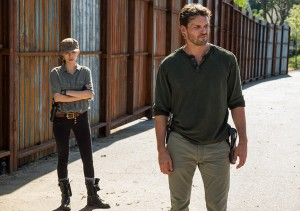the-walking-dead-episode-704-rosita-serratos-935